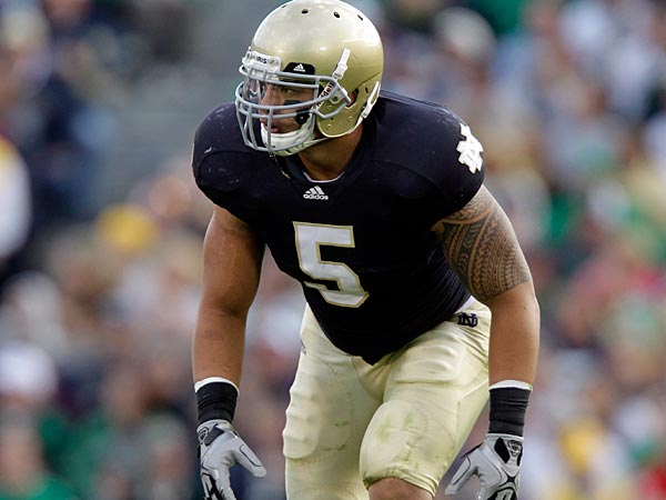 Notre Dame linebacker Manti Te´o during the second half of an NCAA college football game against the Western Michigan in South Bend, Ind., Saturday, Oct. 16, 2010. Notre Dame defeated Western Michigan 44-20. (AP Photo/Michael Conroy)