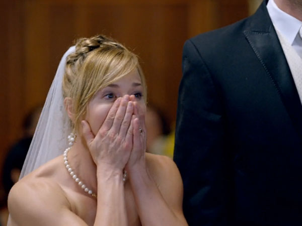 Maroon 5 crashes real weddings in new music video philly for Maroon 5 wedding video