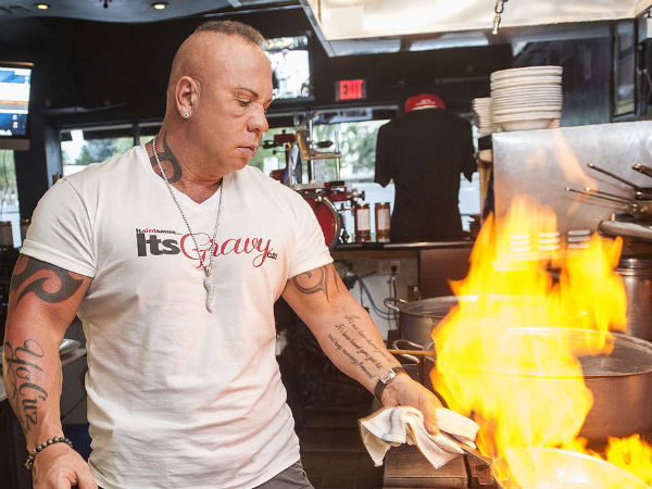 Steve Martorano still isn´t afraid to get his hands dirty in the kitchen. ( Josh Ritchie / Staff )