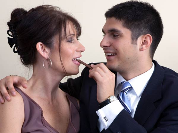 Dating Younger Men: Cougars In The Media 2