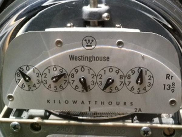 Peco residential electric meter. (Reid Kanaley / Staff)