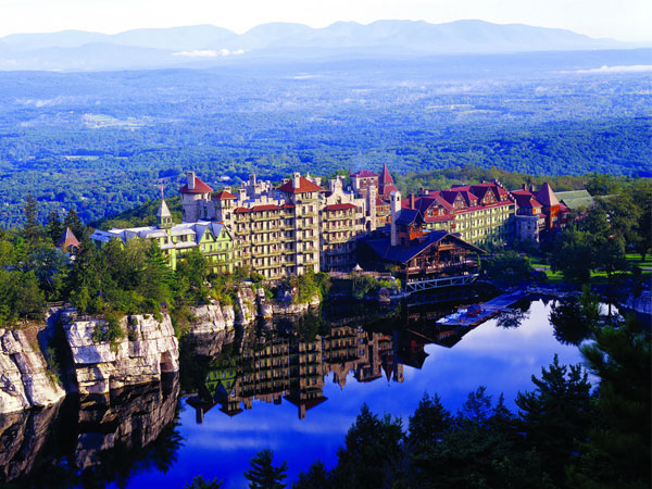 Mohonk Mountain House in New York´s Hudson Valley offers creative holiday travel fun for the Xbox-obsessed kid in your life. (Photo by Jim Smith Photography)