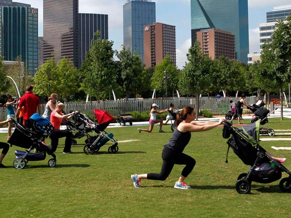 'Boot camps' for new moms fit baby into exercise routine ...