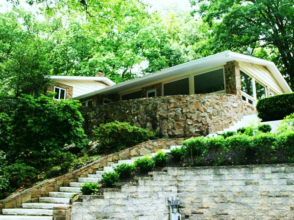 This Centreville, DE home, built and lived in by former Governor Russell Peterson, is on the market for $649,900.