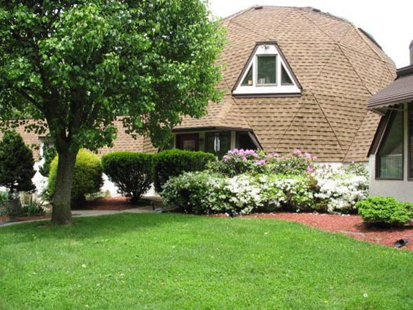 This geodesic dome home in Schwenksville is on the market for $515,000.