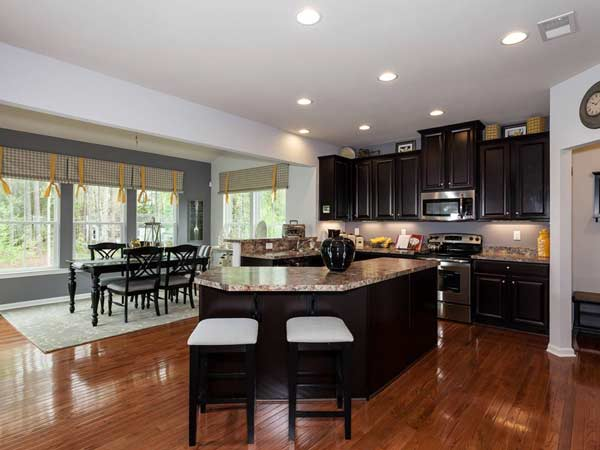 Ryan Homes Announces New Sales Center For 4 Montgomery