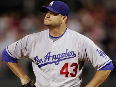 Could Will Ohman be a good addition to the Phillies´ bullpen? (AP Photo/Tom Mihalek)