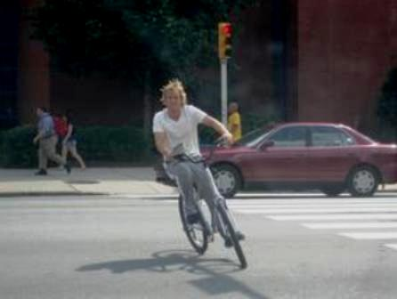 Owen Wilson, two-wheelin´ on the Drexel campus. (Photo: Samantha Butler)