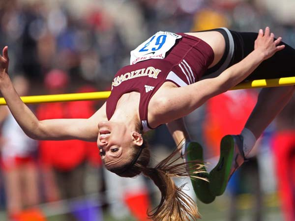 Kutztown University Rachel Eshleman fails to clear the height of 1.64 meters in the College Women´s high jump. The 119th running of the Penn Relays at Franklin Field at the University of Pennsylvania. 04/25/2013 ( MICHAEL BRYANT / Staff Photographer )