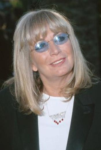laverne  penny marshall  to write memoirs