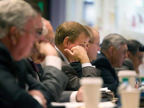 Applicants for Philadelphia´s second casino license appeared before the Pennsylvania Gaming Control Board last year. Another round of hearings, this time on the applicants´ suitability, begin today. ( ED HILLE / Staff Photographer )