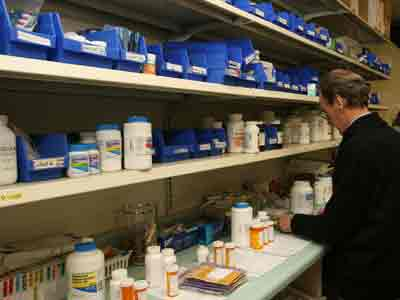 Nearly all retail pharmacies in Massachusetts perform compounding, however only 25 compounding pharmacies meet the standards necessary to produce sterile injectable products, a Massachusetts reporter stated. (AP Photo/Press-Register, Mary Hattler)