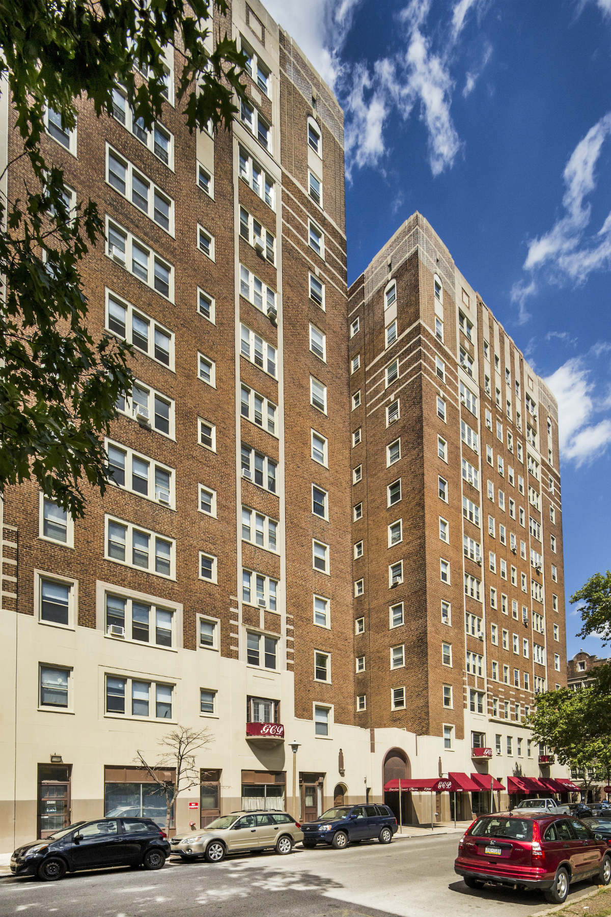 post brothers buys garden court plaza in university city philly - Garden Court Apartments