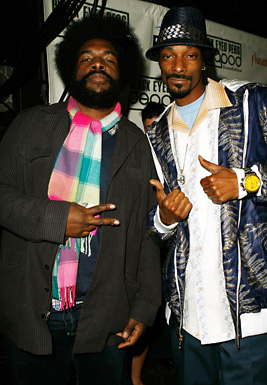 ?uestlove (left) with Snoop Dogg