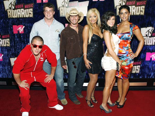 The cast of The Real World: Sydney arrives at the MTV Video Music Awards at the Palms Hotel and Casino on Sunday, Sept. 9, 2007, in Las Vegas. (AP Photo/Matt Sayles)