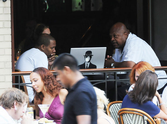 Charles S. Dutton (right) gets down to work at Rouge. (Photo: HUGHE DILLON / PhillyChitChat.com)