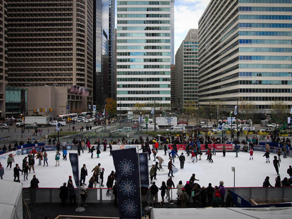 The Rothman Rink at Dilworth Park. ( ALEJANDRO A. ALVAREZ / Staff Photographer )