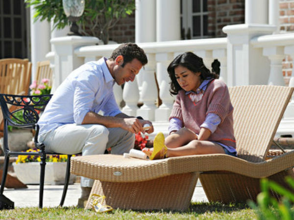 "Mark Feuerstein and Liza Lapira in a scene from USA´s ""Royal Pains"""