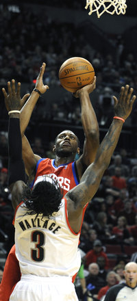 Thad Young shoots in Monday&acute;s opener (AP)<br />