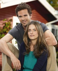 "David Walton and Amanda Peet in ""Bent."""