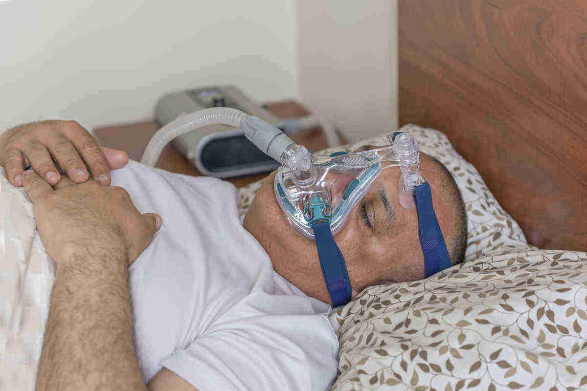 Sleep apnea lower blood pressure