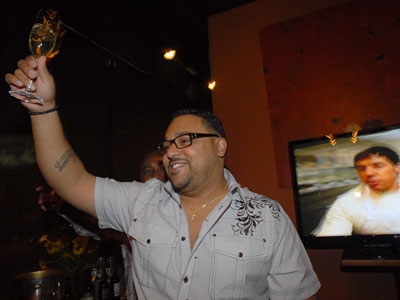 "Kevin Sbraga watching the finale of ""Top Chef"" last September. (Photo: April Saul / Staff Photographer)"