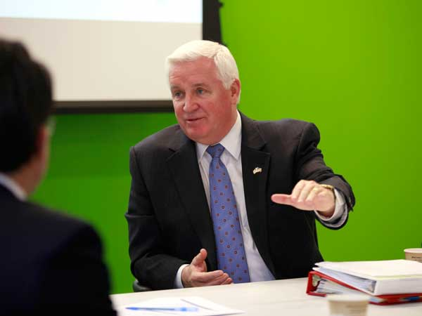 Governor Tom Corbett answers questions during a briefing of his budget proposal to the Philadelphia Inquirer editorial board January 23, 2013.  ( DAVID SWANSON / Staff Photographer )