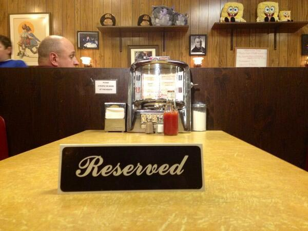 Holsten´s, the Bloomfield, NJ joint that served as the restaurant in the final scene of The Sopranos, honors the late actor James Gandolfini by reserving the table from the iconic finale.