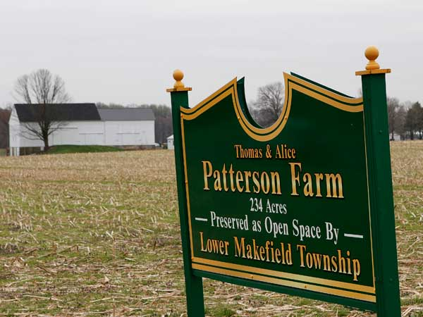 A sign on the Lower Makefield Township-owned Patterson Farm. (Michael S. Wirtz / Staff Photographer)