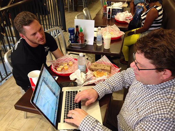 Spike Mendelsohn submits to grilling by Philly.com´s Michael Klein at Good Stuff Eatery.