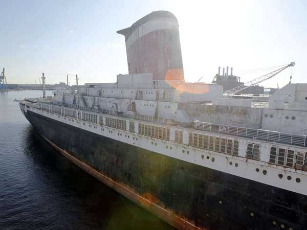 The SS United States is docked in South Philadelphia. AKIRA SUWA / Staff Photographer