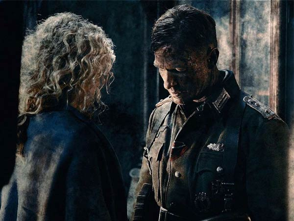 A controversial couple, Yanina Studilina and Thomas Kretschmann, in a scene from ´Stalingrad.´