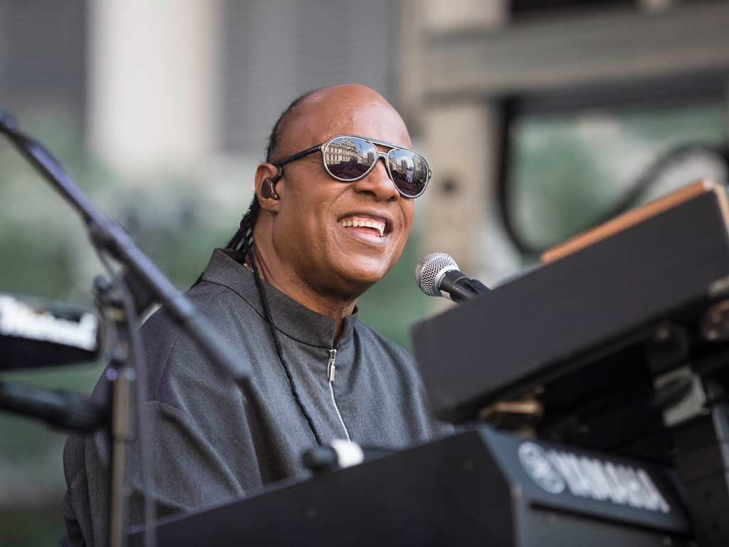 Stevie Wonder Plays At City Hall To Tout New Concert Tour