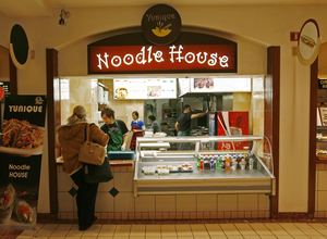 Yunique Noodle House opened last month at the Bellevue food court, next door to the owners' sushi/teriyaki stand, Asahi.