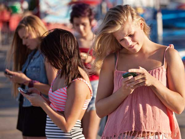 Kids who reported 100 or more text messages per day were much more likely to report sexting, so being an excessive texter may be an indication of risky behaviors.