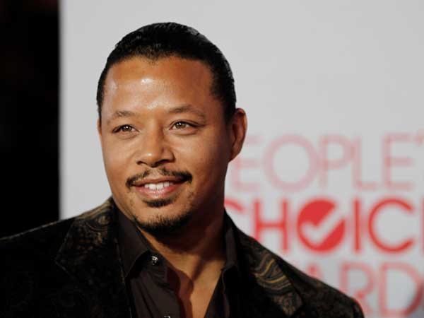 Terrence Howard arrives at the People´s Choice Awards on Wednesday, Jan. 11, 2012 in Los Angeles. (AP Photo/Matt Sayles)