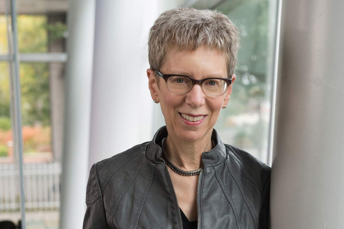 how tall is terry gross