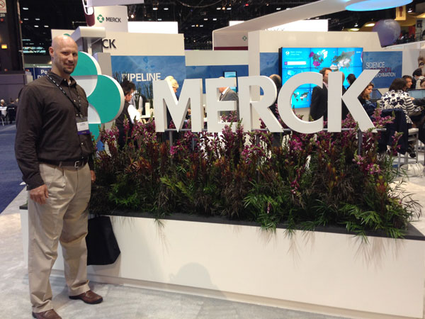 TJ at Merck´s booth at the American Society of Clinical Oncologists in Chicago this past weekend.