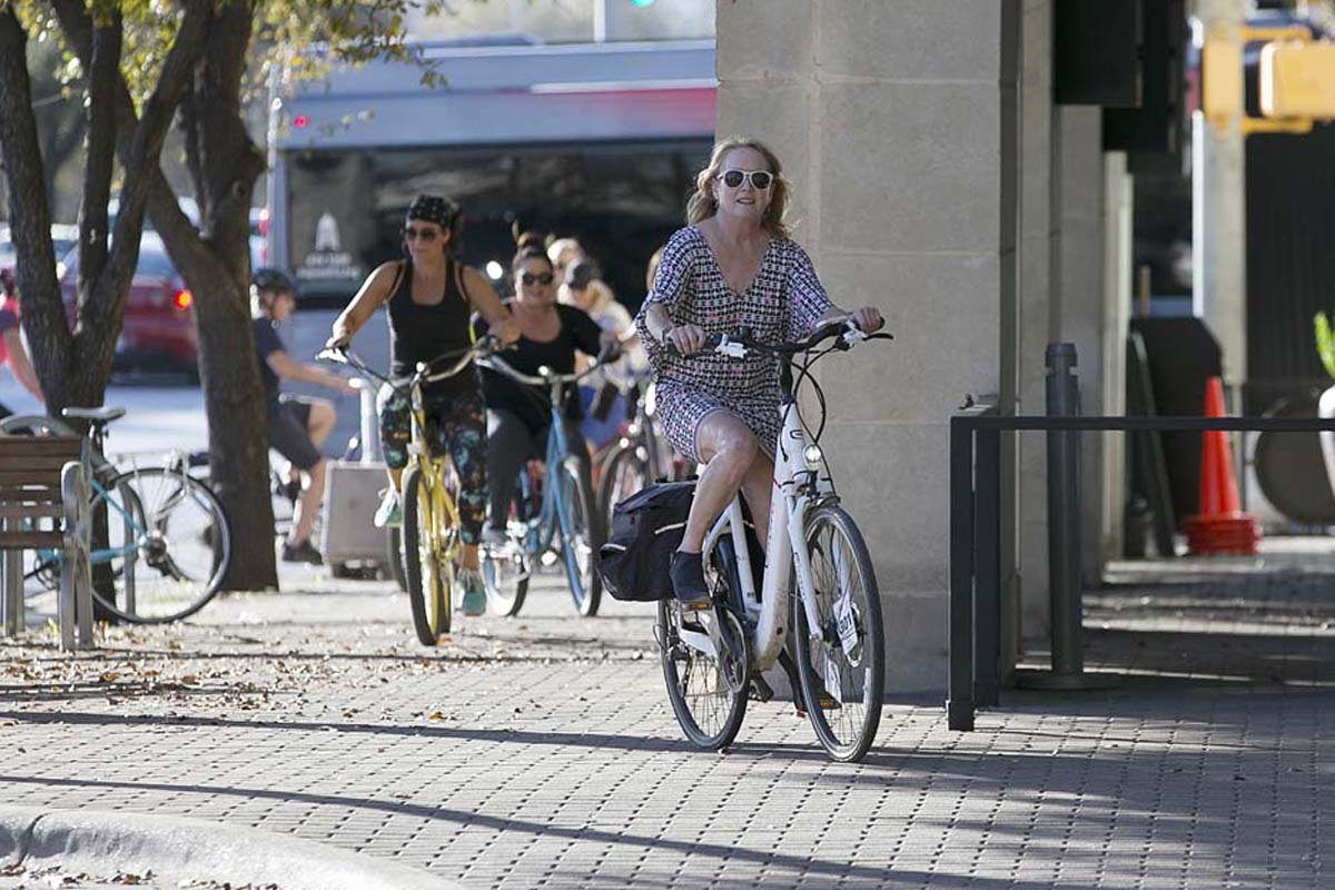 In austin electric bikes power cyclists on foodie tour