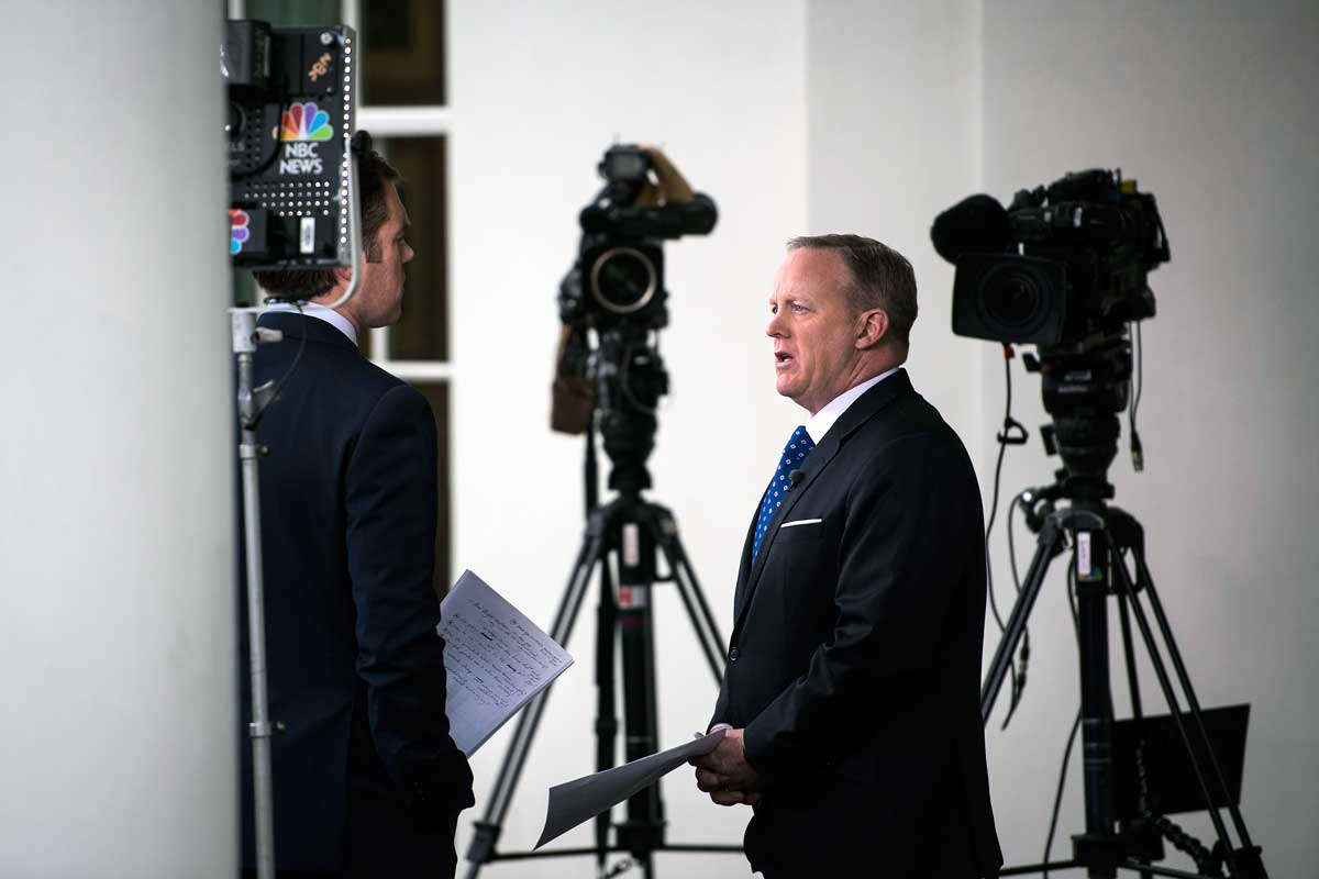 President Trump has likened White House press secretary Sean Spicer´s daily news briefings to a daytime soap opera, noting proudly that Spicer attracted nearly as many viewers.