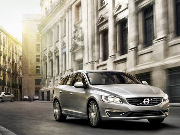 The 2015 Volvo V60 is among the first vehicles to use the brand´s more efficient Drive-E powertrain. (Volvo/MCT)
