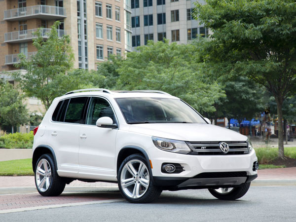 The 2014 Volkswagen Tiguan underwent a refresh that added a subscription safety system and made the Tiguan available with Volkswagen´s R-Line sport trim. (Volkswagen/MCT)