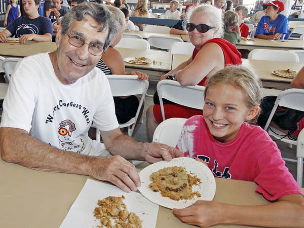 Create a cookie masterpiece during Ocean City´s Weird Week (photo courtesy of Ocean City, New Jersey)
