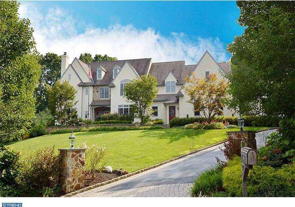 For sale 3 indoor pools to make you forget about winter - Mostardi s newtown square garden ...