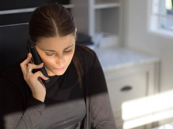 While you´re actively job searching, realize that you may be asked to conduct a phone interview on a moment´s notice. You never know when a recruiter or a networking contact might call.