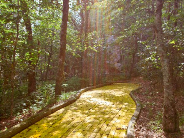 Everybody wants to follow their own yellow brick road, and at this Beech Mountain getaway, fittingly located in Emerald Mountain, North Carolina, you can do just that. (Photo via Parade/momsgetreal.com)