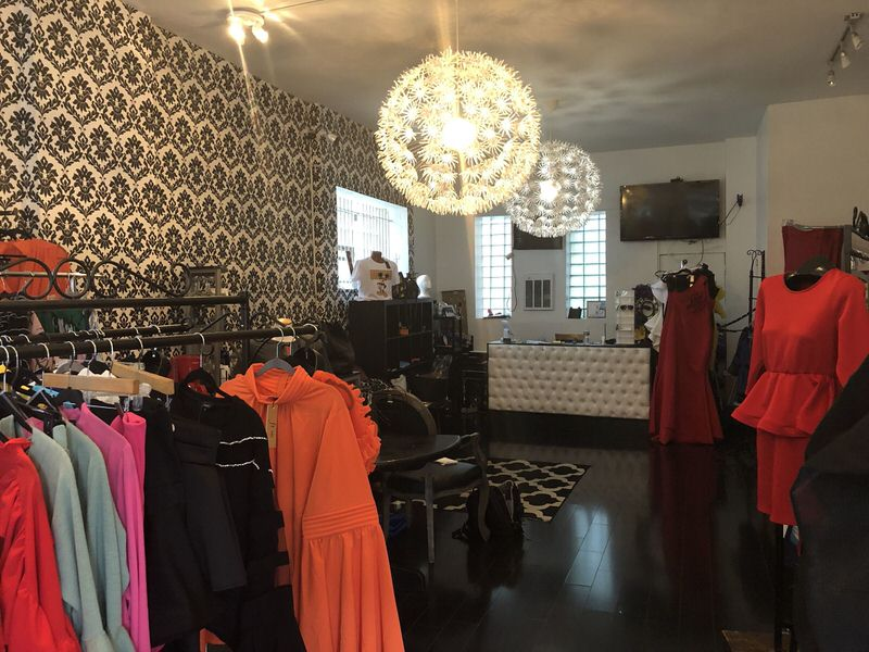 Dolly's Boutique in Germantown. (Elizabeth Wellington)