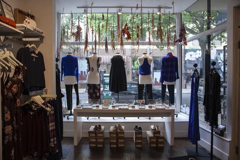 ellelauri boutique (HEATHER KHALIFA / Staff Photographer)